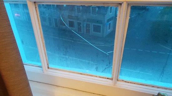 Dreadnought Hotel: Broken window