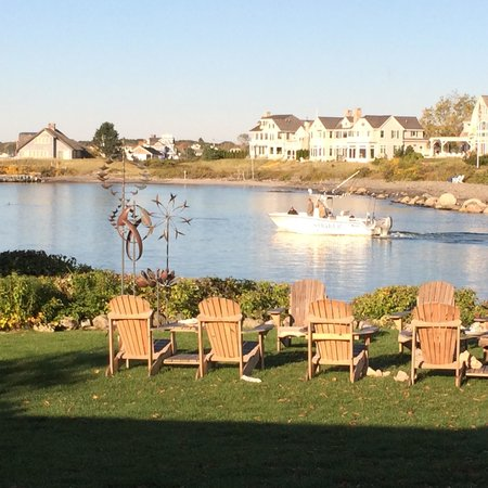 The Breakwater Inn and Spa: View from breakfast