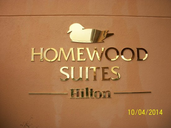 Homewood Suites by Hilton St. Petersburg Clearwater : Hotel sign