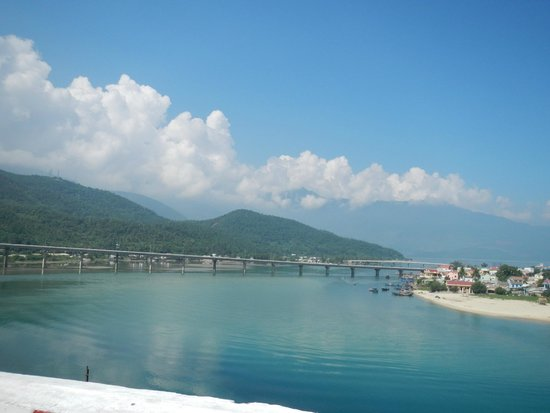 Vietnam Travel Center: Hue