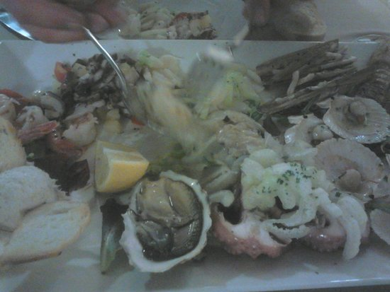 Ristorante Cozze & Gamberi: Meeresfrüchte-Vorspeisenplatte für zwei Personen