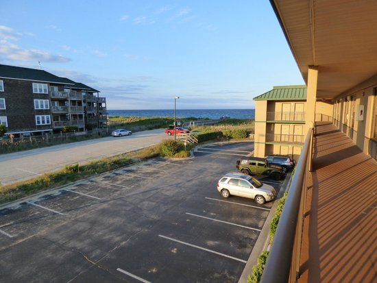 Quality Inn Carolina Oceanfront: View from our room