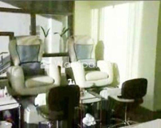 Newbury spa spa 720 11 avenue sw in calgary tips for 10 newbury salon