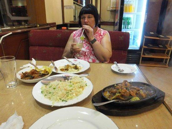 Green View Restaurant: Enjoy..!