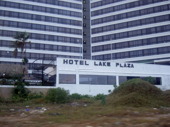 Hotel Margarita Lake Plaza: Fachada Externa del hotel