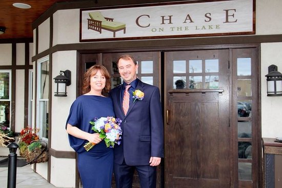 Chase on the Lake: wedding/front entrance
