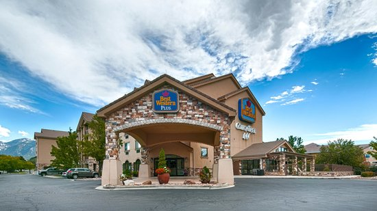 BEST WESTERN PLUS CottonTree Inn