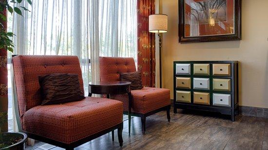 Best Western Plus Cottontree Inn: lobby