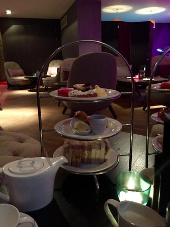 Spa at Blythswood Square: Afternoon tea in the Spa reception