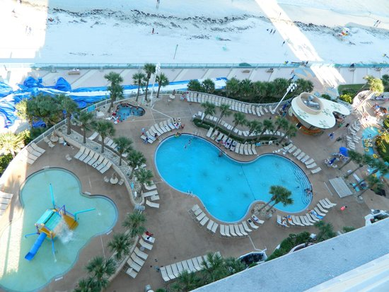 Wyndham Ocean Walk: Looking from our balcony to the pools below.