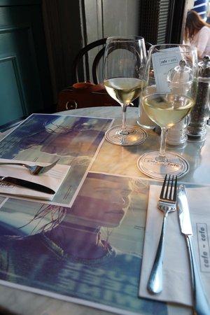 Cafe-Cafe: Superb wines