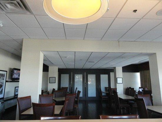Hampton Inn by Hilton Niagara Falls-North Of The Falls: Our breakfast area.