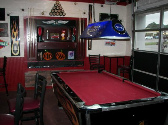 A Little BBQ Joint: Pool Table