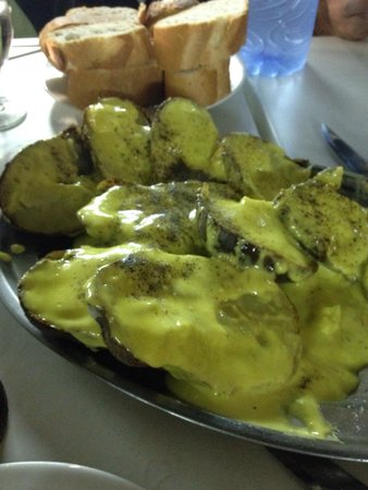 Bar La Patata : Las famosas y riquísimas patatas con All i oli de La Patata