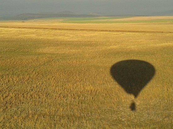 Drakensberg Ballooning: Shadow