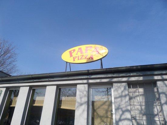 Papa-Pizza Pizzeria: front