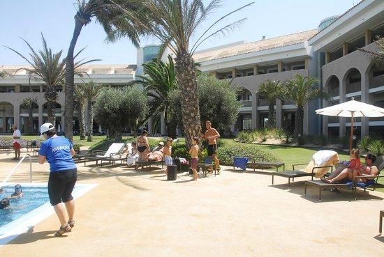 Hotel Golf Almerimar: Piscina y relax.