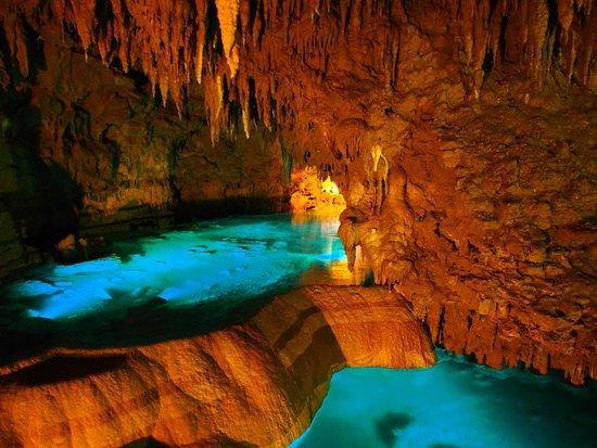 洞窟内 - Picture of Okinawa World Bunka Okoku Gyokusendo, Nanjo - TripAdvisor