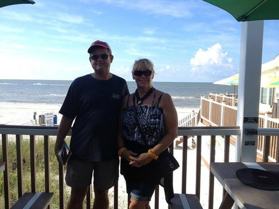 The Cottage Bar and Gulfshore Grill: Outside the restaurant