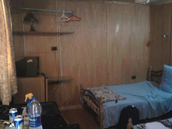 Sphinx Guest House: Bedroom 1