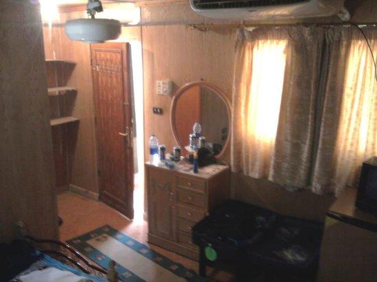 Sphinx Guest House: Bedroom 2