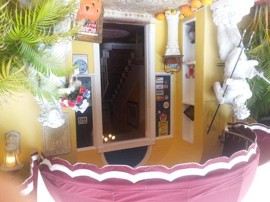 Villa Sinclair Beach Suites & Spa: welcome