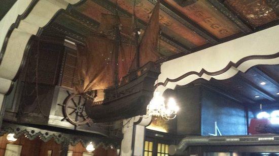 Schiffer Borse: stunning decor