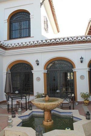 Cortijo Sabila: Lovely patio