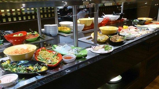 Crowne Plaza Madinah : Breakfast