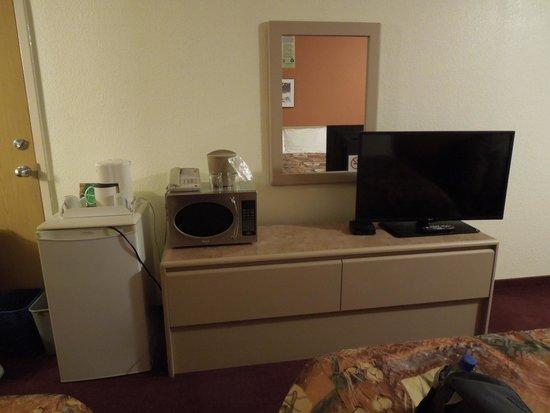 Super 8 Fernie : Room amenities