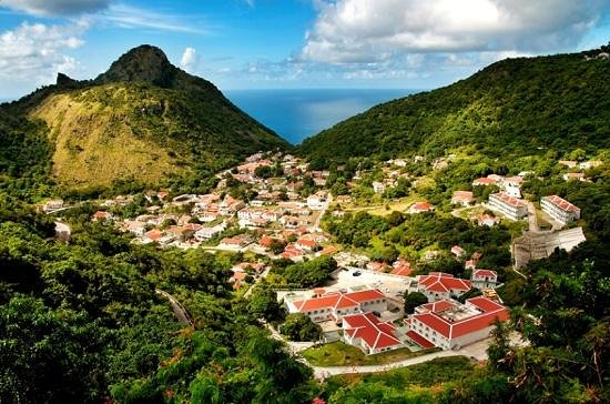 Fort Bay, Isla de Saba: The Bottom, Saba, Caribbean Netherlands