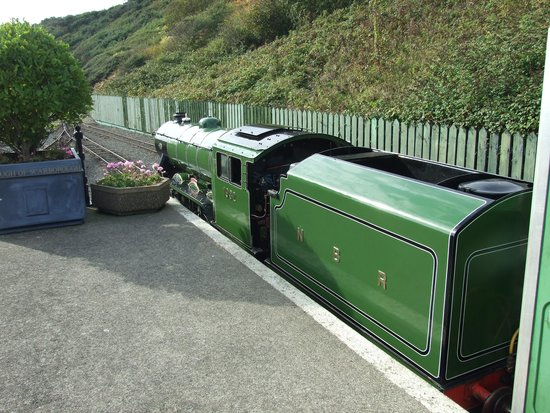 North Bay Railway: Early morning run from Scalby Mills
