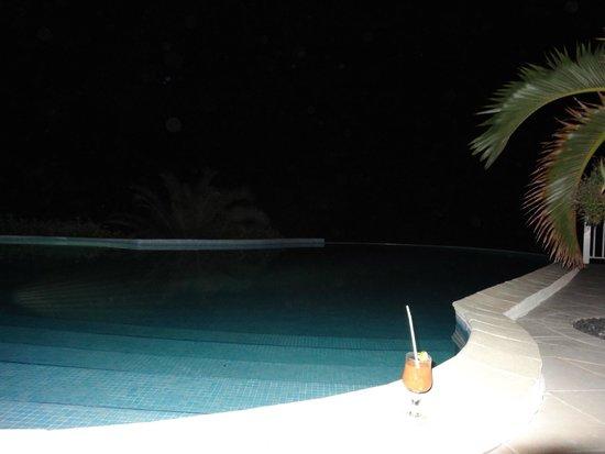 Hotel Amaudo: Piscine