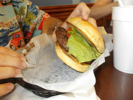 Oakley's Grille: Oakley's burger