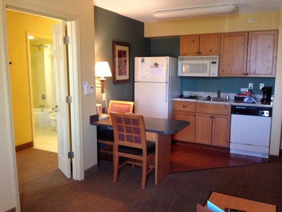 Homewood Suites by Hilton Albuquerque: Cozinha