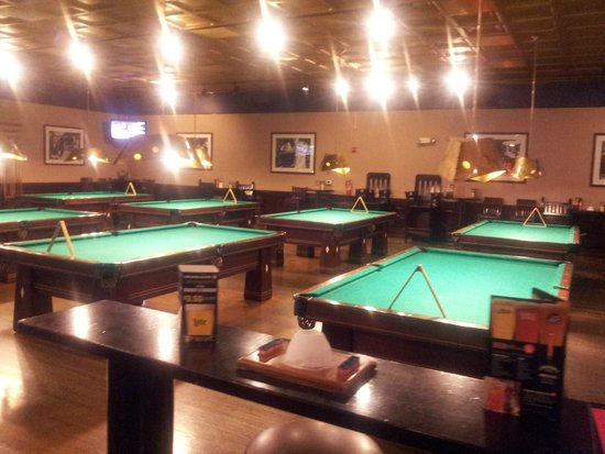 Concord, NC: Plenty of pool tables