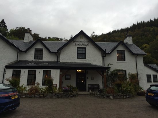 Glenmoriston Arms Hotel : Great place to stay near Loch Ness