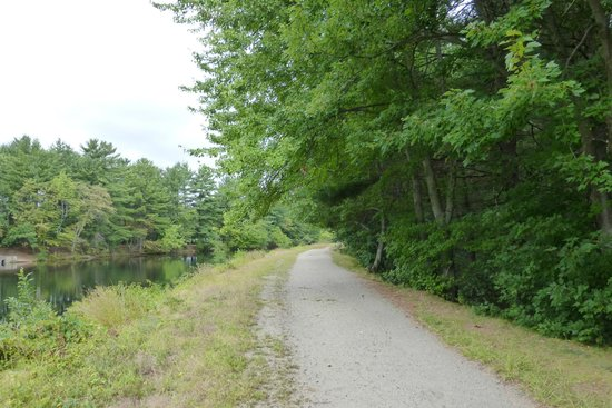 Mine Falls Park : this path ran along the canal