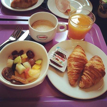 Ibis Styles Beaulieu-sur-Mer : Завтрак