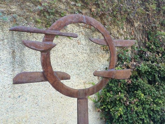 Hirshhorn Museum and Sculpture Garden: A Piece from the Sculpture Garden