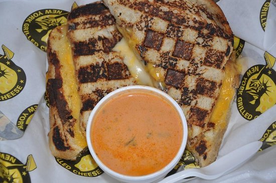 New York Grilled Cheese Co.: Grilled cheese and tomato soup to go