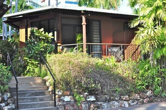 Palms City Resort: Garden Bungalow