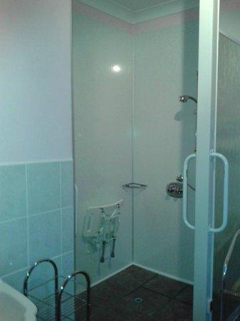 Inver Park House: Wet room