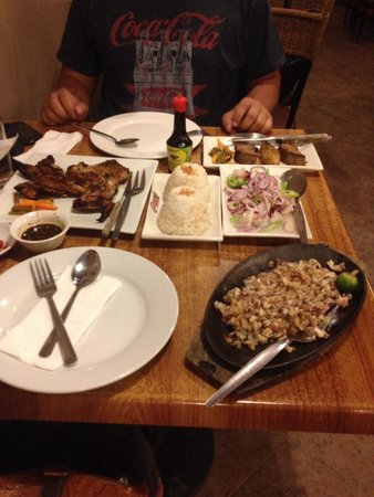 Gerry's Grill : My first try of Filipino food..amazing!!