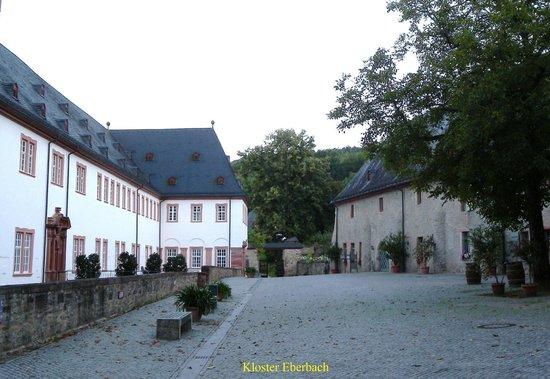 Gästehaus Kloster Eberbach: Gaestehaus is right-rear