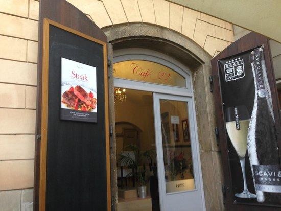 Cafe 22: Entrance of the Cafe