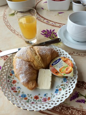 Villa la Camana: Breakfast