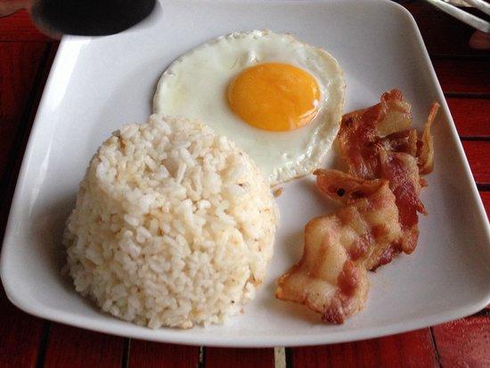 Gran Prix Boracay Hideaway: Bacon