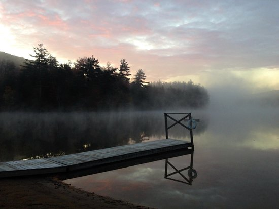 Lapland Lake Nordic Vacation Center: Morning mist