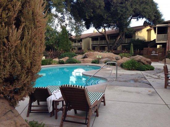 Paso Robles Inn : Pool area